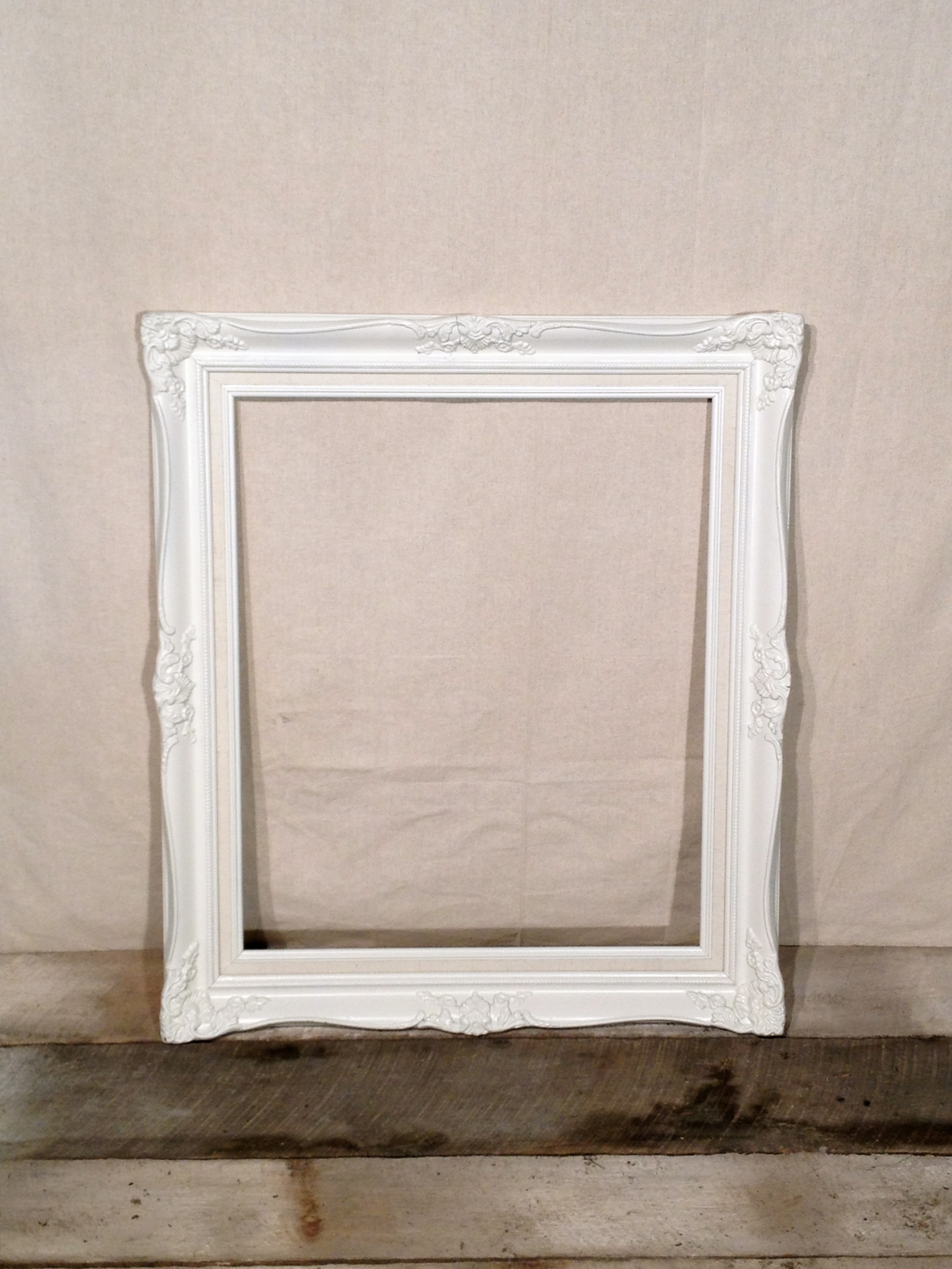medium white vintage frame qty 1 - White Vintage Picture Frames