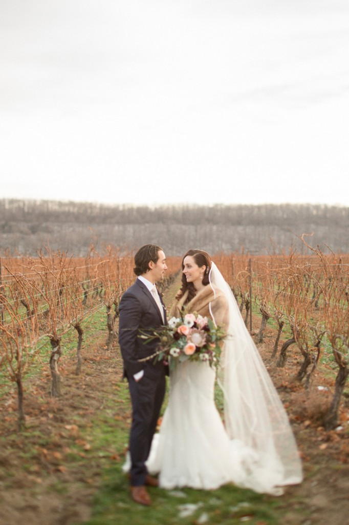 Cave-Springs-vineyard-retreat-wedding-1
